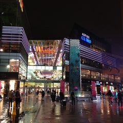 Photo taken at Westfield Stratford City by Karim on 8/7/2012