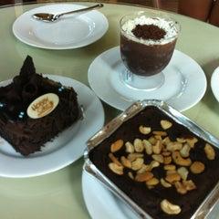 Photo taken at Hobby Cake by Kai E. on 6/6/2012