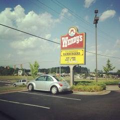 Photo taken at Wendy's by Dan W. B. on 6/25/2012