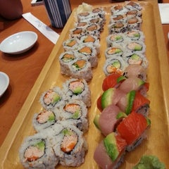 Photo taken at Sushi Itoga by Harnish D. on 8/27/2012