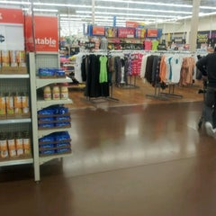 Photo taken at Walmart Supercenter by Monteze T. on 3/19/2012