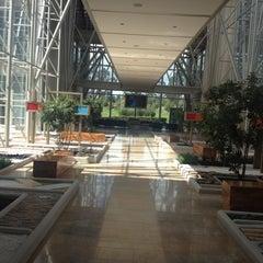 Photo taken at Edificio Corporativo Alpina S. A. by Jhonny S. on 8/8/2012