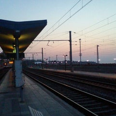 Photo taken at Estació de Tarragona by Oscar A. on 3/27/2012