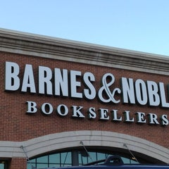 Photo taken at Barnes & Noble by Ibaorimi I. on 3/31/2012