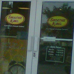 Photo taken at Smoothie King by Raquel C. on 2/6/2012