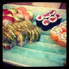 Photo taken at Daruma Japanese Restaurant by Phillip on 6/22/2012