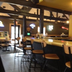 Photo taken at Buffalo Wild Wings by NeoCloud Marketing on 4/13/2012