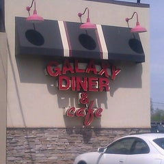 Photo taken at Galaxy Diner by Ms. V on 4/14/2012