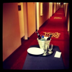 Photo taken at Marriott Cleveland Airport by Joseph B. on 5/17/2012