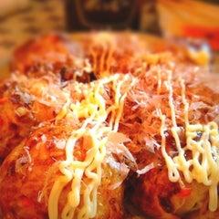Photo taken at 和楽 たこ焼き焼き鳥専門店 by Boya on 4/15/2012
