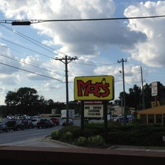 Photo taken at Moe's Southwestern Grill by Jonathan H. on 7/19/2012