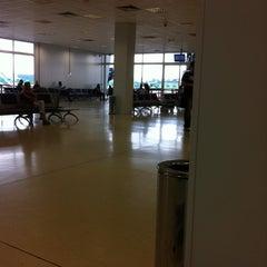 Photo taken at Terminal Anexo by Yamil D. on 3/16/2012