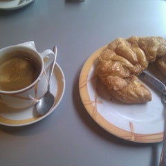 Photo taken at Cafetería Murano by Pedro-Juan F. on 4/29/2012