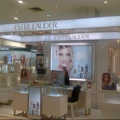 Photo taken at Estee Lauder by BKK_FLYER on 6/9/2012
