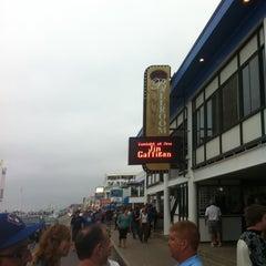 Photo taken at Hampton Beach Casino Ballroom by Thomas T. on 7/28/2012