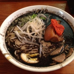 Photo taken at Maru Ichi Japanese Noodle House by Jim E. on 6/14/2012