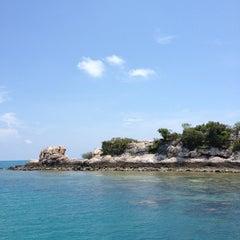 Photo taken at Nimmanoradee Resort (นิมมานรดี รีสอร์ท) by LuckyNatt on 4/12/2012