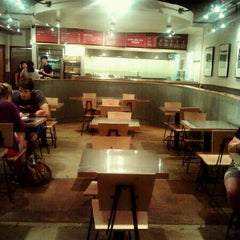 Photo taken at Chipotle Mexican Grill by Steven S. on 7/19/2012