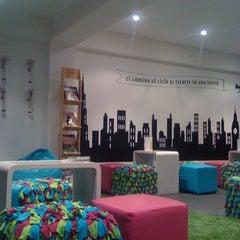 Photo taken at Urban Tea Shop by Eduardo I. on 4/11/2012