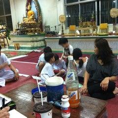 Photo taken at วัดเนื่องจำนงค์ by Namon N. on 6/10/2012