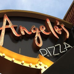 Photo taken at Angelo's Pizza by Rick U. on 5/31/2012