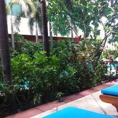 Photo taken at Jasmine City Building (อาคารจัสมินซิตี้) by Kry K. on 8/3/2012