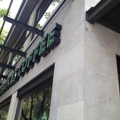 Photo taken at Starbucks by Jose Maria on 7/18/2012