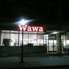 Photo taken at Wawa Food Market #179 by Tanya S. on 5/27/2012
