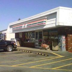 Photo taken at 7-Eleven by Adam Robert B. on 4/6/2012