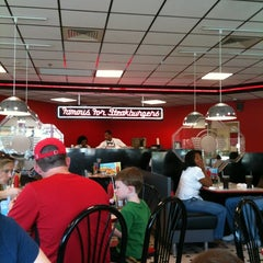 Photo taken at Steak 'n Shake by Elliott E. on 3/17/2012
