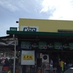 Photo taken at Sri Nibong Kopitiam by Tan J. on 5/24/2012