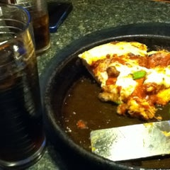 Photo taken at Pizza Hut by NA353 on 6/13/2012