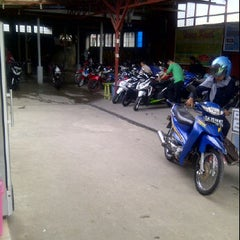 Photo taken at AMI AWAD cuci speda motor by @Janto M. on 3/7/2012