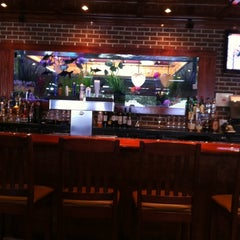 Photo taken at Cheddar's Casual Cafe by Mark R. on 5/27/2012