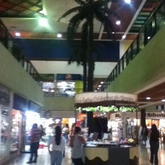 Photo taken at C.C. Doral Center Mall by Harold V. on 3/14/2012