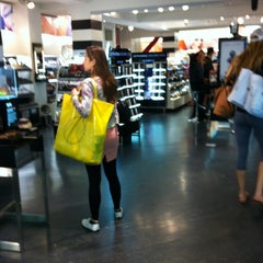 Photo taken at Sephora by Daryl E. on 5/19/2012
