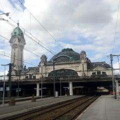 Photo taken at Gare SNCF de Limoges-Bénédictins by Benjamin on 6/26/2012