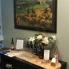 Photo taken at ZinLif!Style. Wine Soirees by Melissa H. on 2/27/2012