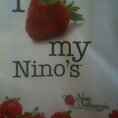 Photo taken at Nino Salvaggio International Marketplace by Laura C. on 5/1/2012