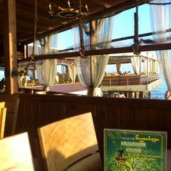 Photo taken at Ресторан на воде «Барракуда» by adrenalinfresh on 7/21/2012
