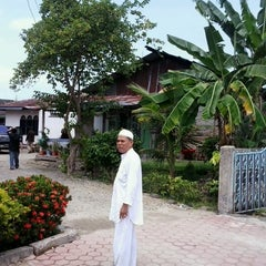 Photo taken at Komp. Kuala Nyiur I by Irhass A. on 8/19/2012