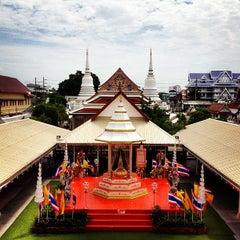 Photo taken at วัดพิชยญาติการาม (วัดพิชัยญาติ) Wat Phichaiyatikaram by Su P. on 6/24/2012