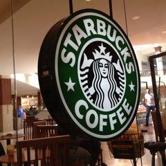 Photo taken at Starbucks by Harold H. on 4/22/2012