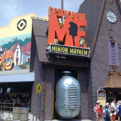 Photo taken at Despicable Me: Minion Mayhem by Alberto C. D. on 7/3/2012