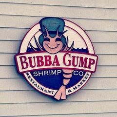 Photo taken at Bubba Gump Shrimp Co. by Mikhail S. on 8/5/2012