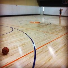 Foto tirada no(a) Equinox Sports Club San Francisco por Gregory C. em 8/30/2012
