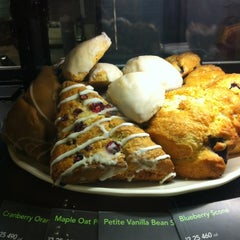 Photo taken at Starbucks by Olivia U. on 2/25/2012