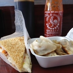 Photo taken at Prosperity Dumpling by Mikey B. on 8/11/2012