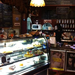 Photo taken at Three Monkeys Coffee & Tea House by Lauro on 3/27/2012