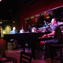 Photo taken at Sgt. Pepper's Dueling Piano Bar by Robert L. on 8/2/2012